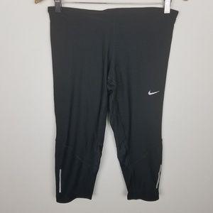 Nike Fitted Workout Capri Leggings Black Sz Medium